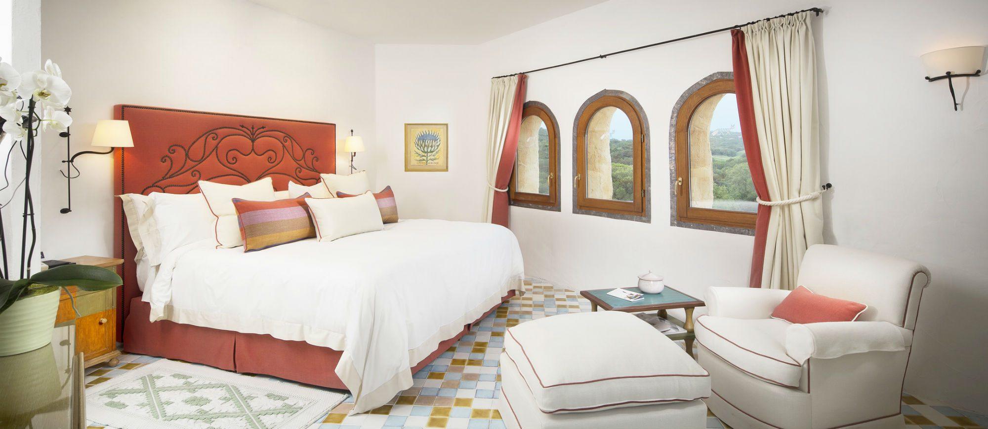 pent-main2-lux59gr-155335-penthouse-suite-bedroom